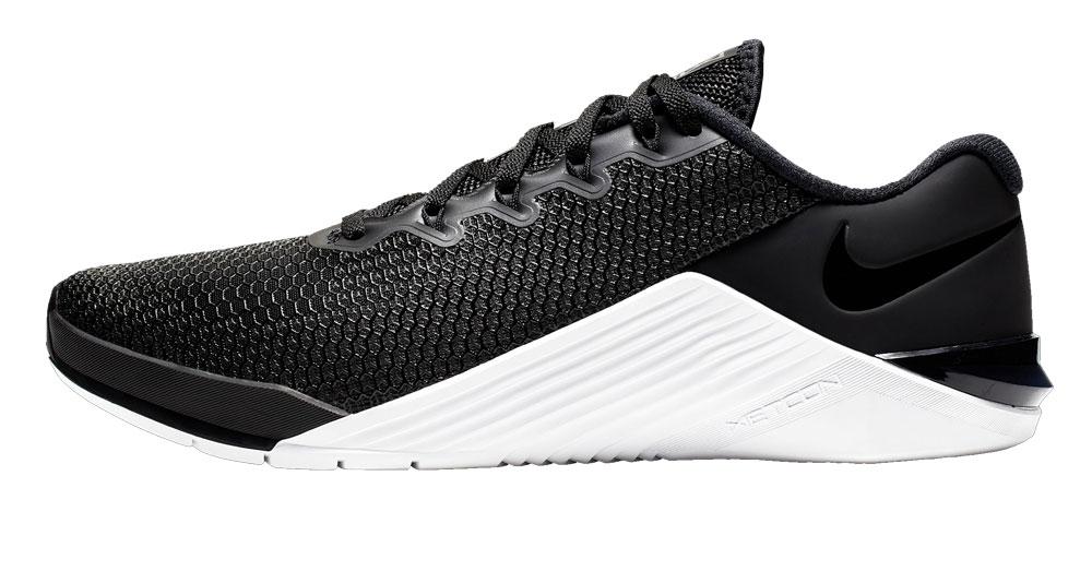 Nike Metcon 5 - Women's - Black / White
