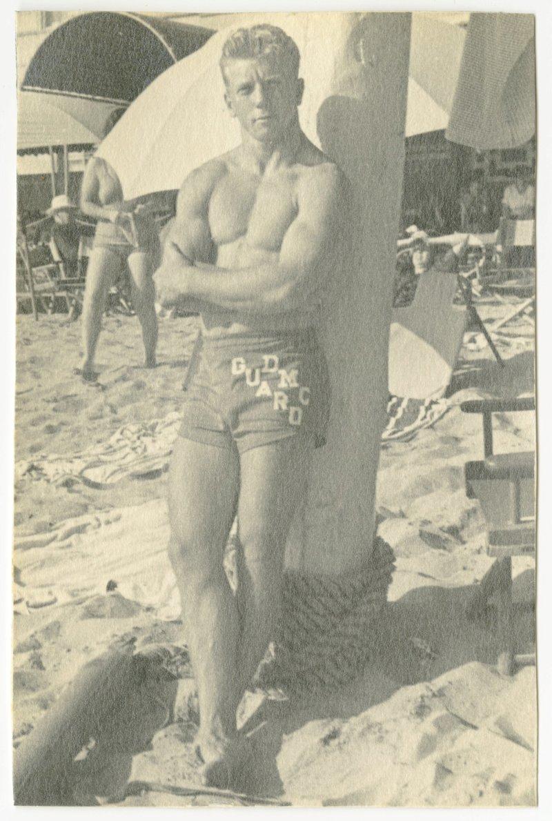 Les Stockton on the beach