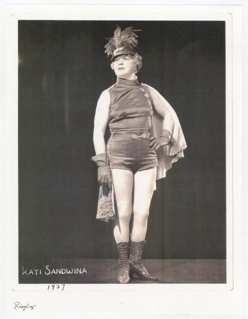Katie Sandwina portrait
